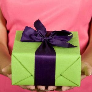 Как выбрать оригинальный подарок мужу на годовщину свадьбы