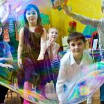 В волшебной стране мыльных пузырей организация красочного шоу для детей