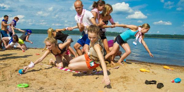 организовываем коллектив при помощи тренингов по  тимбилдингу