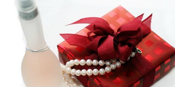 какой подарок подарить любимой маме в ее день рожденья