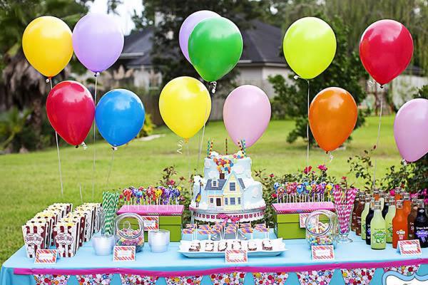 Где и как отметить День рождения ребенка весело, креативно и недорого: обзор лучших мест для праздника