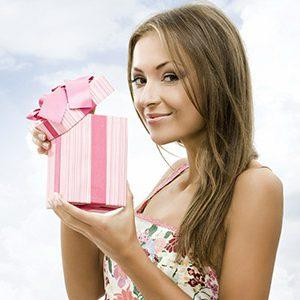 Преподносим подарок на День рождения: фейерверк оригинальных идей и взрыв эмоций