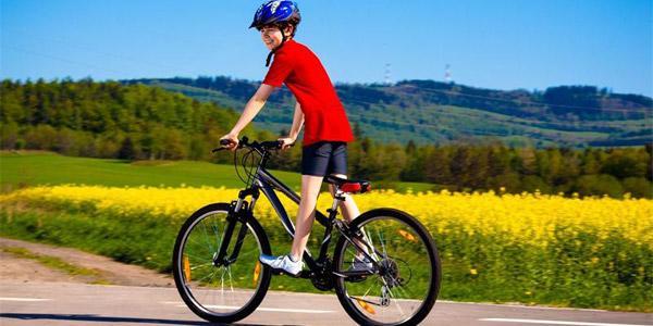Выбираем подарок для мальчика 10 лет: рекомендации от психологов и лучшие подарочные варианты
