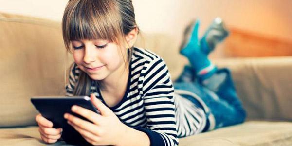 Выбираем, что подарить девочке на 10 лет: советы психологов и беспроигрышные идеи подарков
