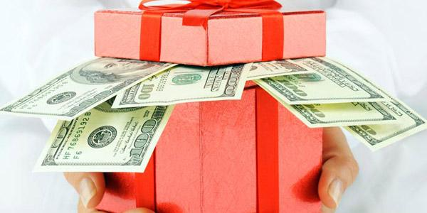 Как Оригинально Преподнести Деньги в Подарок: Идеи, Фото